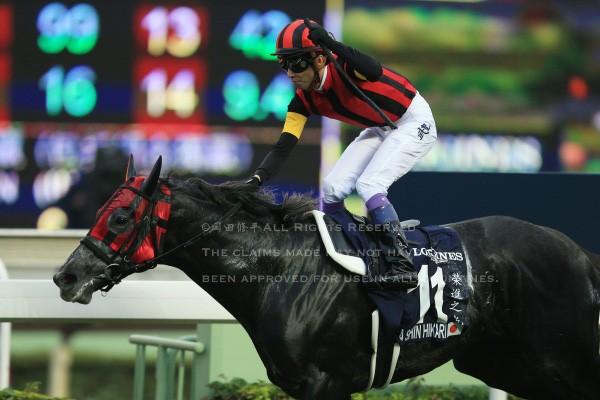 15香港カップ11