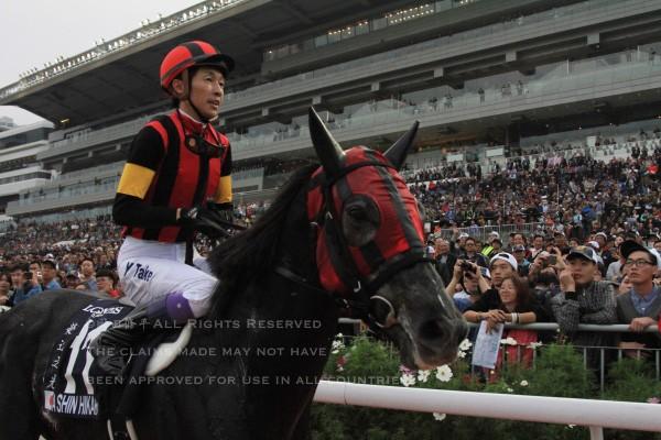 15香港カップ18