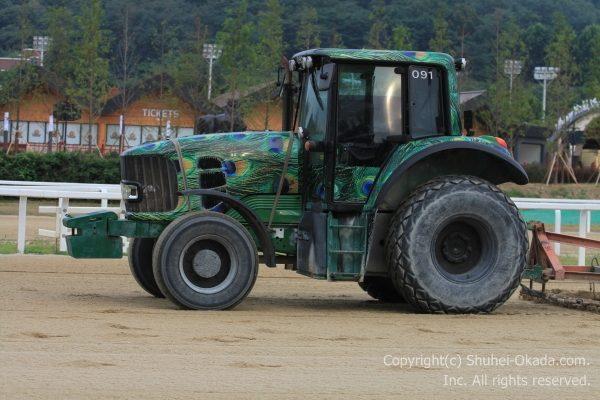 馬場整備のトラクター3