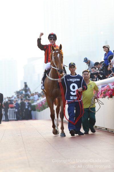 17香港カップ12
