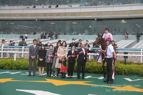 18阪神牝馬S9